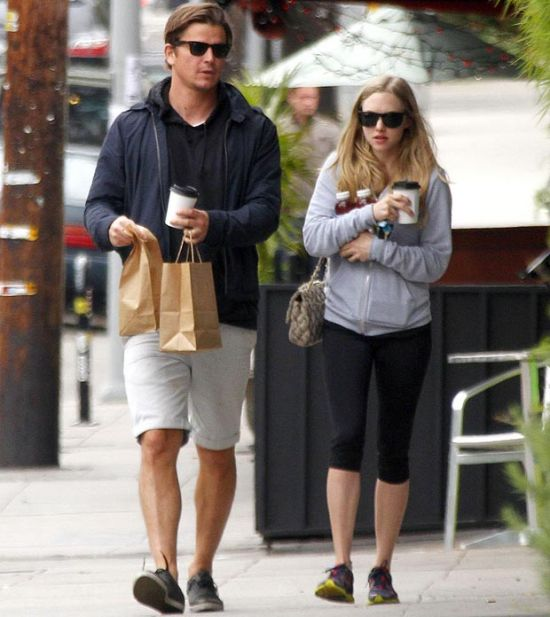 Mary kate olsen dating a old man 7
