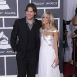 carrie underwood boyfriend